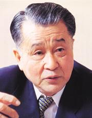 学長 廣瀬 輝夫